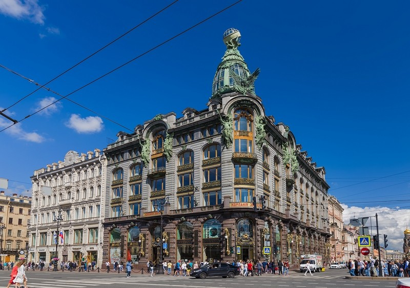 Дом Зингер в Санкт-Петербурге