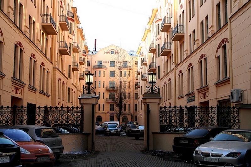Дом Довлатова в Санкт-Петербурге
