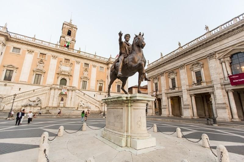 Marcus Aurelius statue on Piazza del Campidoglio