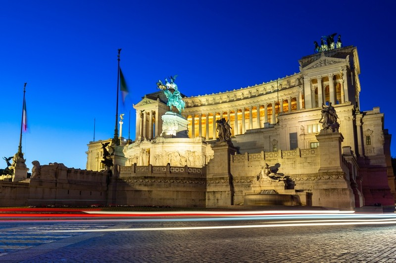 Architecture of the Vittorio Emanuele II Monument in Rome at night